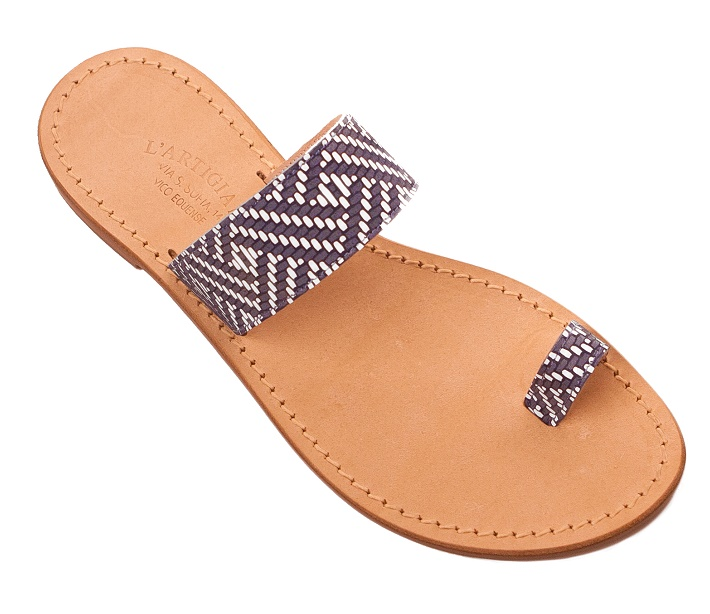 n-41 -  Fashion Capri sandals - Fingertip